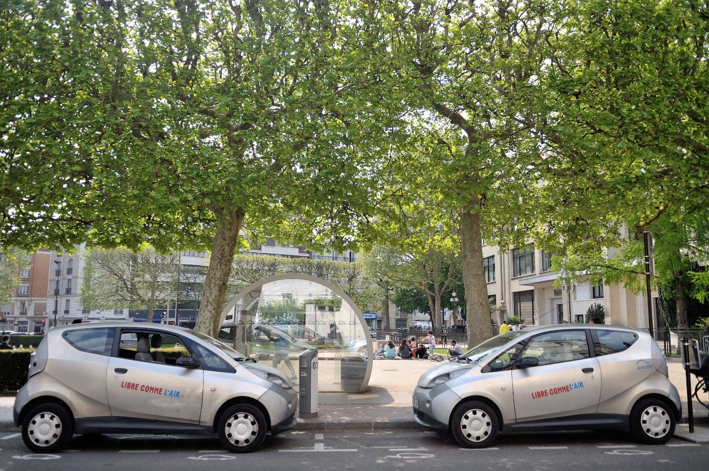 Procuring Electric Vehicles For Paris Car Sharing Scheme France