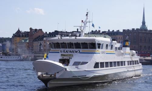 Boats floated as greener public transport option (Sweden)   Eltis