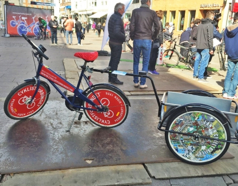 Bike with trailer attached