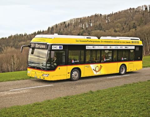 PostAuto fuel cell bus