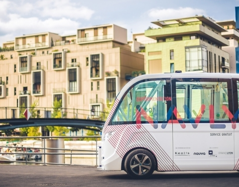 autonomous public transport shuttle in Lyon