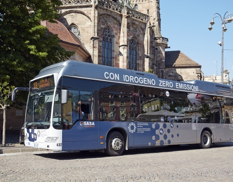 Fuel cell bus in the city of Bozen (Italy)