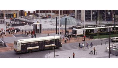high level service bus routes in lille france eltis. Black Bedroom Furniture Sets. Home Design Ideas