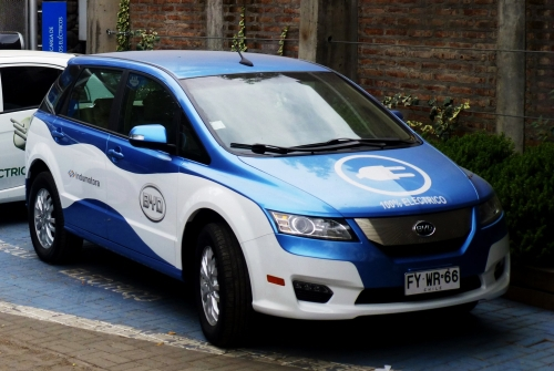 operating a fleet of electric taxis Last year, byd sold fleets of electric buses to los angeles and denver   asserted that china must take the driving seat to respond to climate change   a row of byd electric taxis are charged up at the company's charging.