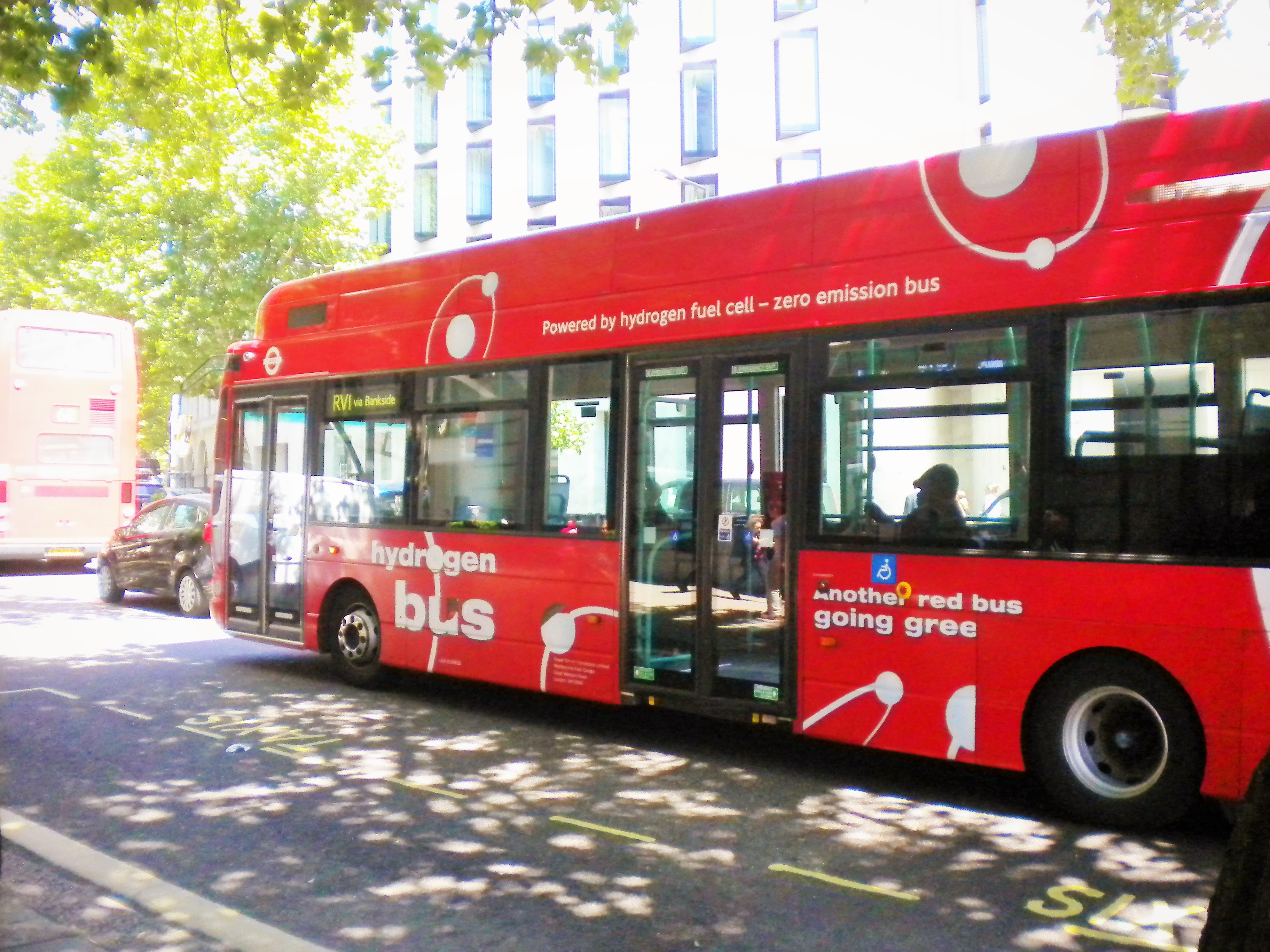 Bus à pile à combusitble dans les rues de Londres