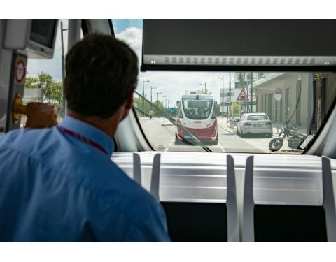 © Self-driving bus in Seestadt Aspern; copyright: Manfred Helmer (20/07/2018) / bildstrecke.at / Wiener Linien GmbH & Co KG
