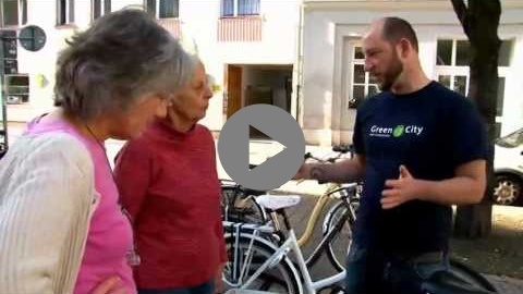 Embedded thumbnail for Cycle training for elderly people